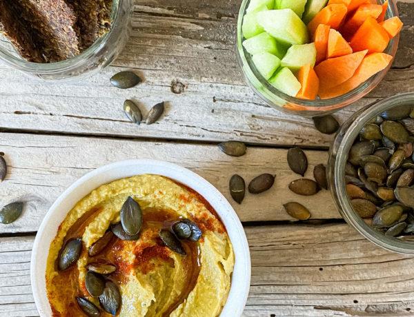 einfacher & cremiger Kürbis-Hummus